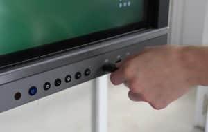 Ecran interactif en hublot pas cher